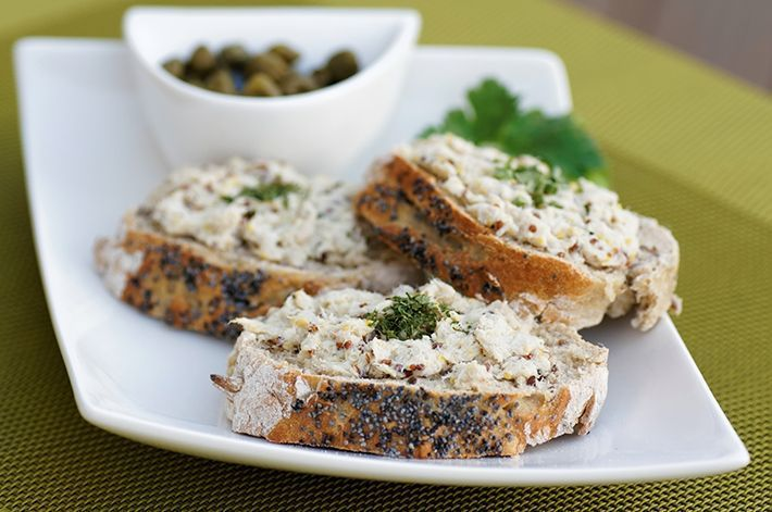 Smoked-Mackerel-pate-with-Oatcakes