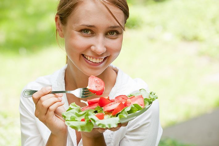 healthy-food-woman